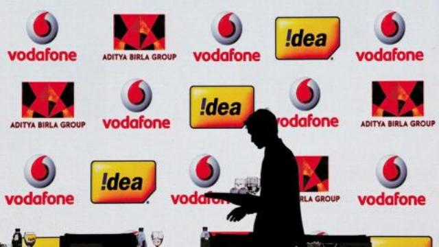 Idea Vodafone build war chest to take on rivals