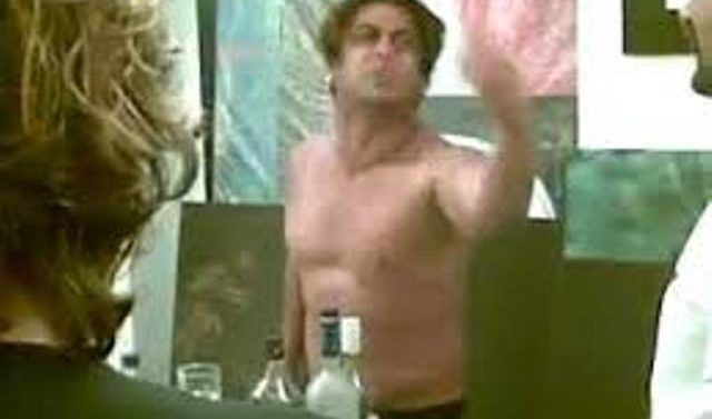 VIDEO: Salman khan singing after drinking. Leaked