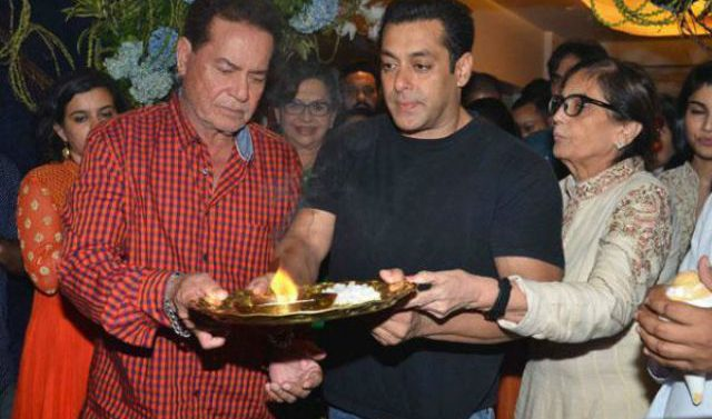Salman Khan celebrates Ganesh Puja with family